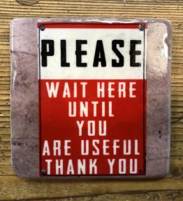 FLIESE_Please_wait_here