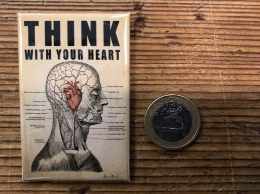 MAGNET_mini_think_with_your_heart