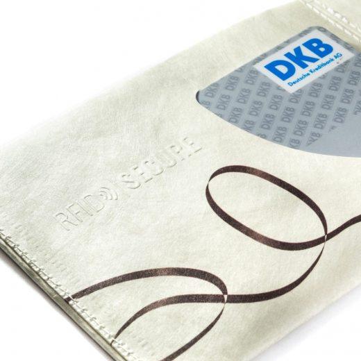 Paprcuts_Wallet_RFID_Mixtape_detail-10