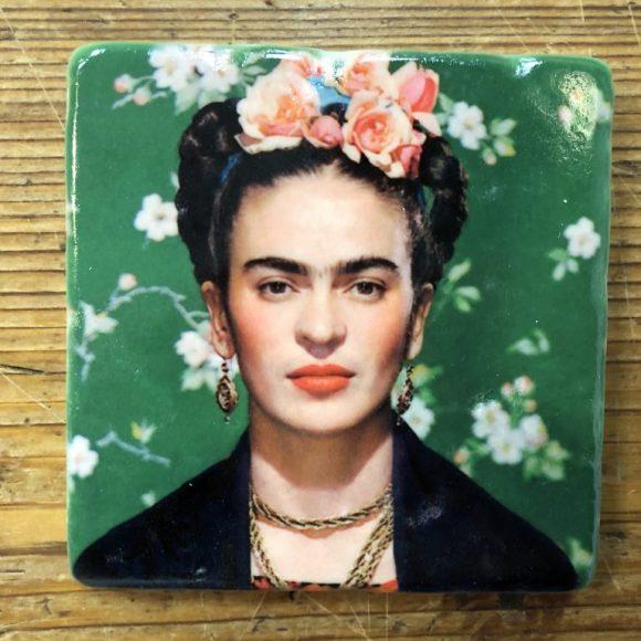 Henri Banks - Marmorfliese Frieda Kahlo-grün