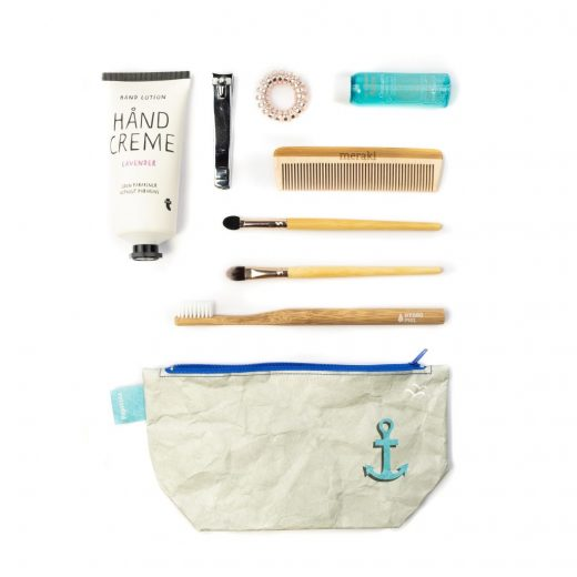 Paprcuts_CosmeticBag_Anker_flatlay-38