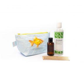 Paprcuts_CosmeticBag_Goldfisch_front-4