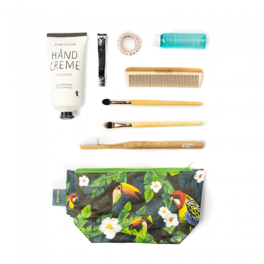 Paprcuts_CosmeticBag_TucanoParrot_flatlay-13