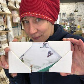 """Jannis Miniaturwelten - """"Snowboarder im Rasierschaum"""" - kleines Bild 200x100mm"""