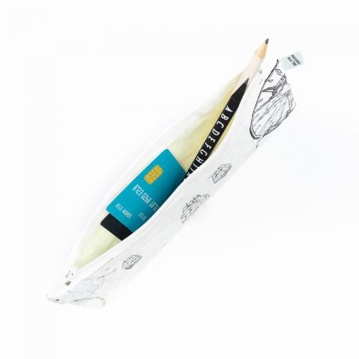 Paprcuts_Pencilcase_SailorPeps_Lookinside-5