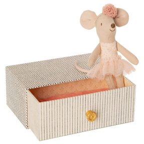 """Maileg - """"Dancing mouse in daybed"""" Little sister"""