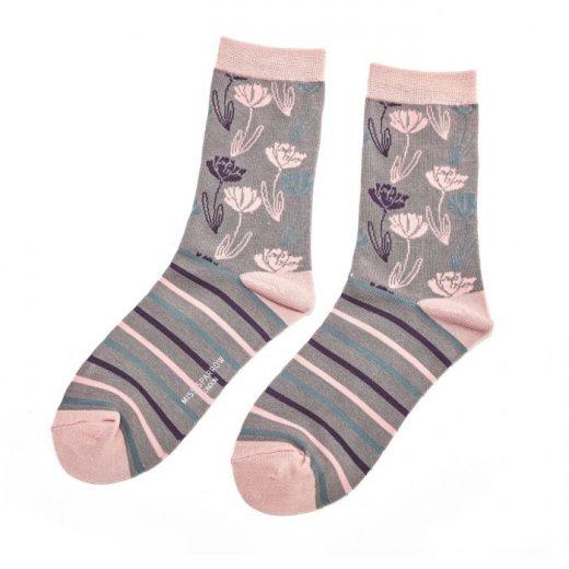 climbing_floral_socks_sks104_grey_900
